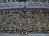埃武拉人骨教堂